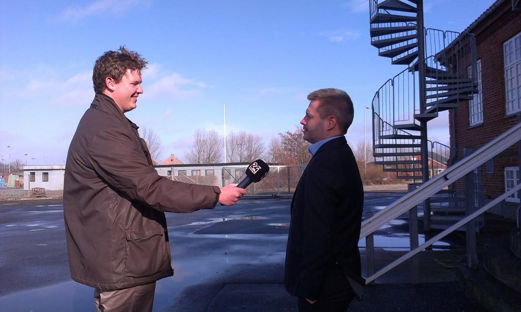 Centerleder for mandecentret i Aalborg René Vinding Christensen bliver interviewet. Foto: Mandecenter Aalborg.