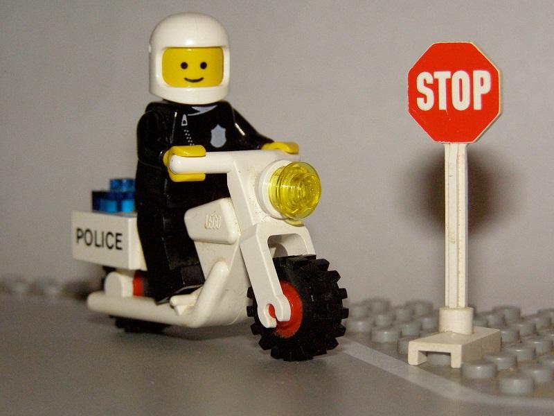 Drenge-forbydes-at-lege-med-LEGO-i-amerikansk-boernehaveklasse