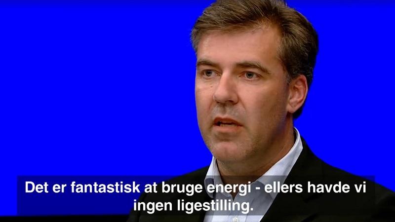 Direktør i Dansk Energi, Lars Aagaard, udtaler sig om energi og ligestilling i DR2's Debatten.