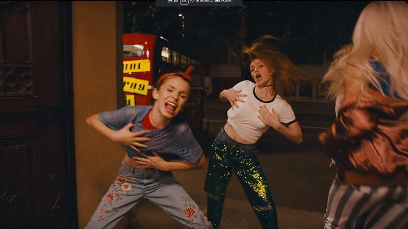 En ny generation af kvinder har genindspillet Spice Girl-hittet 'Wannabe' med en ny tekst. En af dem er den danske sangerinde MØ. Billede: YouTube.