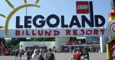 Kvindelig blogger bryder sig ikke om skilt i Legoland: Parken lover omgående at lave det om