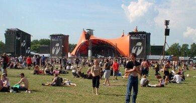 Roskilde Festival betaler ulve for at vogte får