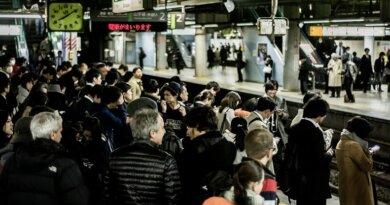 Unge japanske mænd ønsker kvindefri togvogne: Hellere det end at blive anklaget for sexchikane